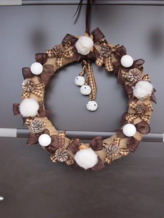 Couronne de no l bymeg co for Couronne de noel bois flotte